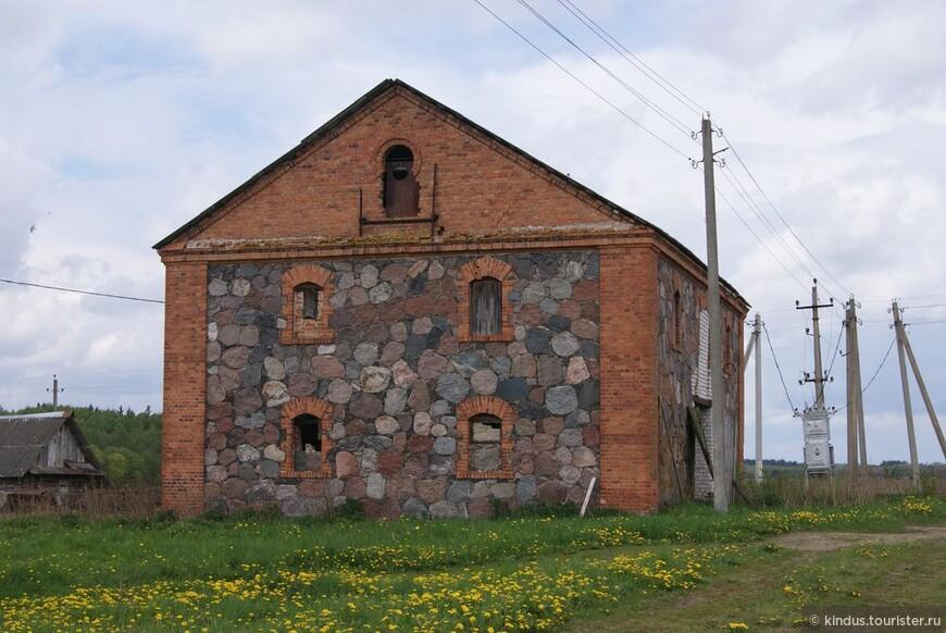 Немые свидетели истории - панский свиран (хозяйственное здание)