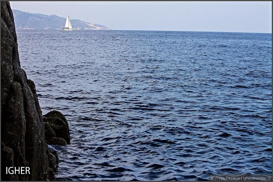 где кроме моря и камней