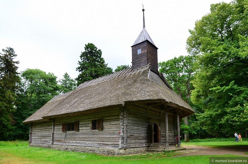 Часовня Сутлепа. Старинная действующая церковь 1699 года. В ней до сих пор проводятся службы по большим церковным праздникам