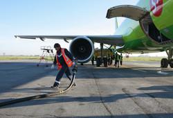 Росавиация и авиакомпании обвинили нефтяников в росте цены на топливо