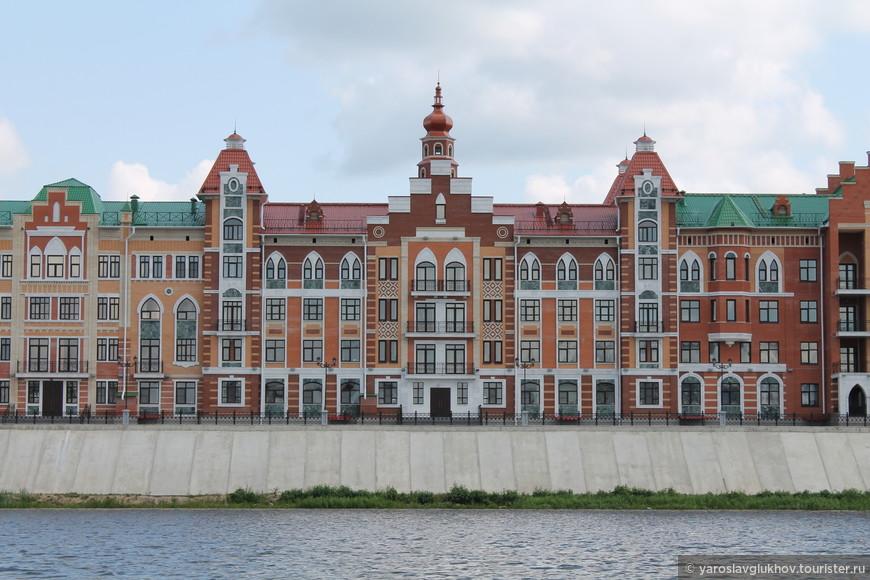 Здания на набережной Брюгге.