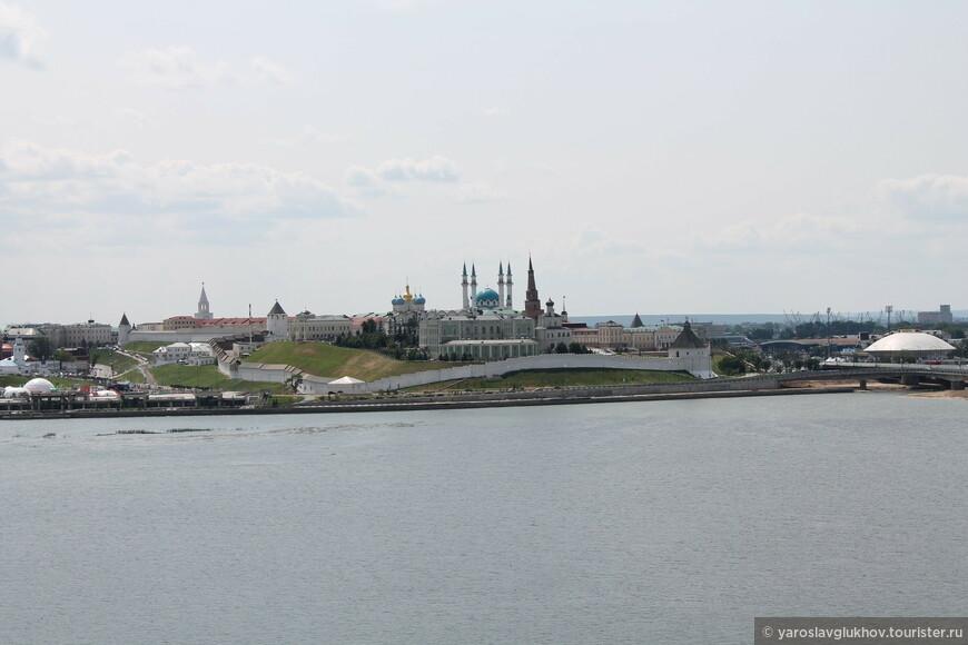 Вид на Кремль с Казана.