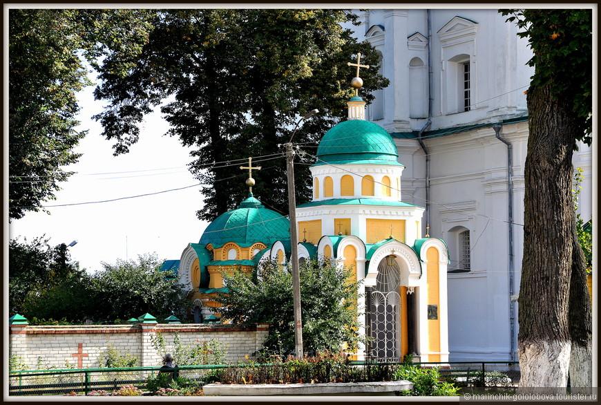 Посещением Троицко-Ильинского монастыря мы заканчиваем наше путешествие в замечательный город Чернигов.