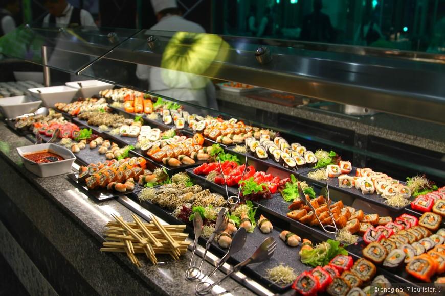 Если у отеля и есть недостаток, то это обилие и разнообразие еды!