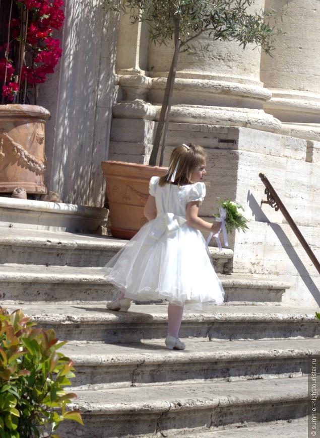 Воскресенье - день свадеб!!