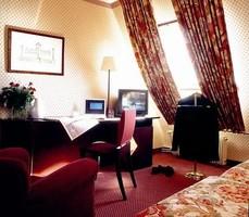 В Париже открылся отель-дворец