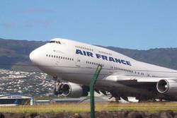 Air France отказалась летать в затронутые вирусом Эбола страны