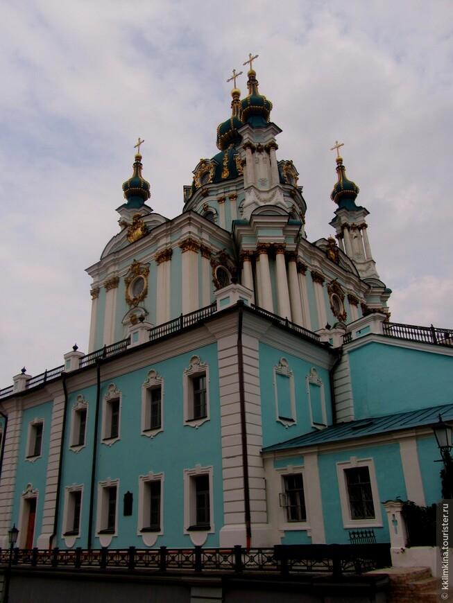 Самый красивый храм Киева.