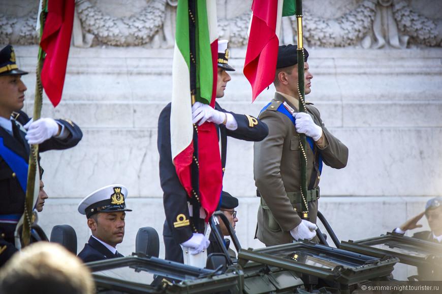 и военный парад по случаю праздника.:)