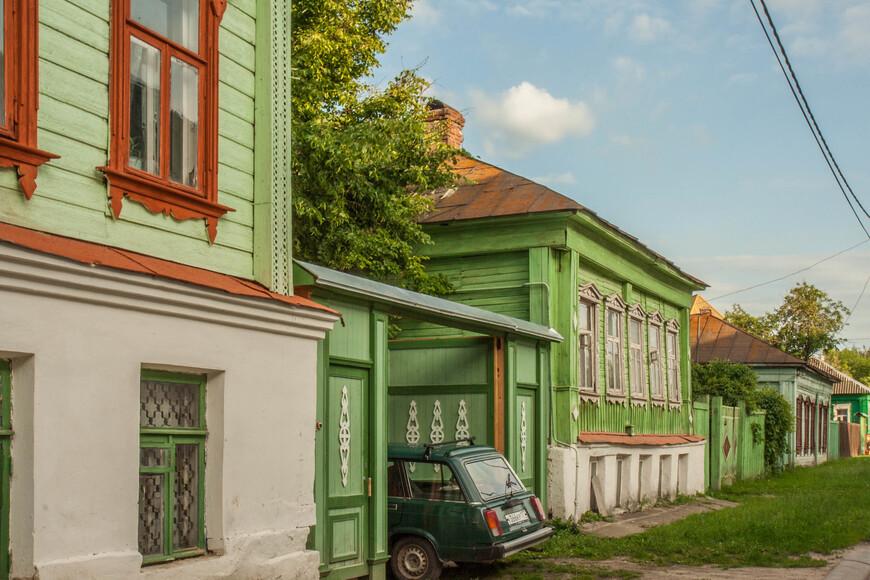 по ул. Казакова