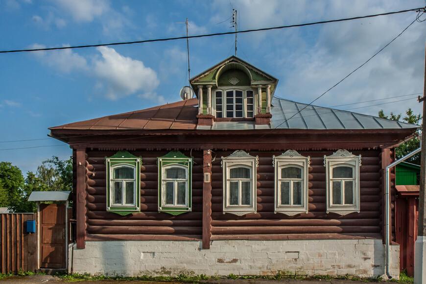 по ул. Казакова №11