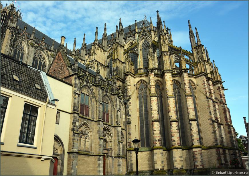 Домский собор - главная достопримечательность города.