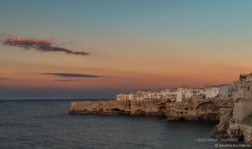 «Ожидание...» из альбома «Puglia или каблук вам в море» — в городе Полиньяно-а-Маре.