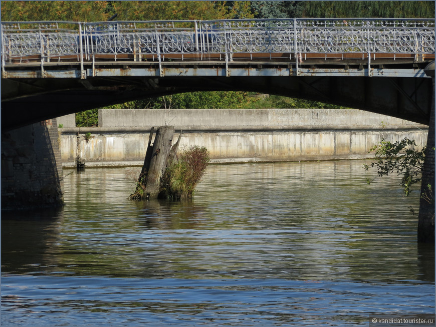 Деревянный мост. Действующий.