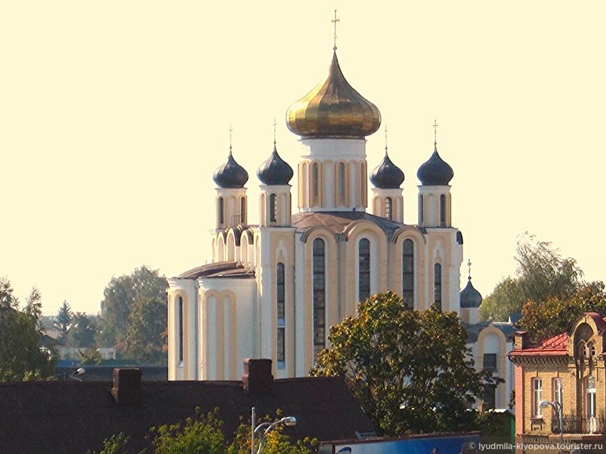 Церковь Святого Георгия Победоносца. Построена на старом православном кладбище 19 века как часовня в 1875 году. Это была небольшая деревянная церковь с одним куполом и одной одноярусной колокольней, заканчивающейся маковкой. В 2010 старая часовня была перестроена в большую церковь из белого кирпича.