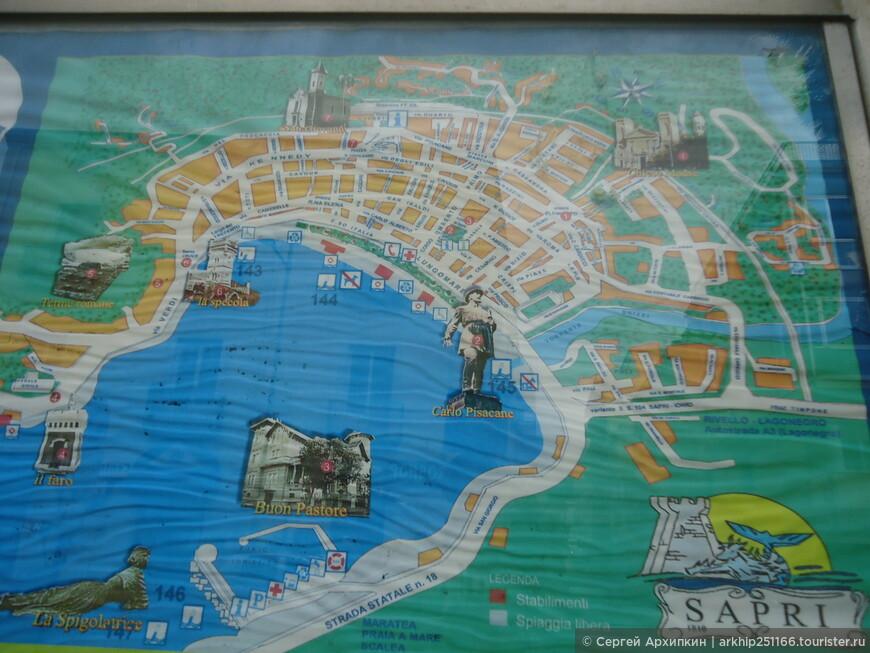 Из этой карты видно, что городок находиться в бухте,со всех сторон горы и достопримечательностей здесь немного