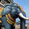 Статуи слонов у входа в храмовый комплекс в Мурдешваре