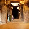 В пещерном храме в Бадами