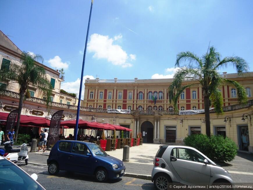 Улица Корсо Альдо Моро - это бывшая Аппиева дорога из Рима на юг