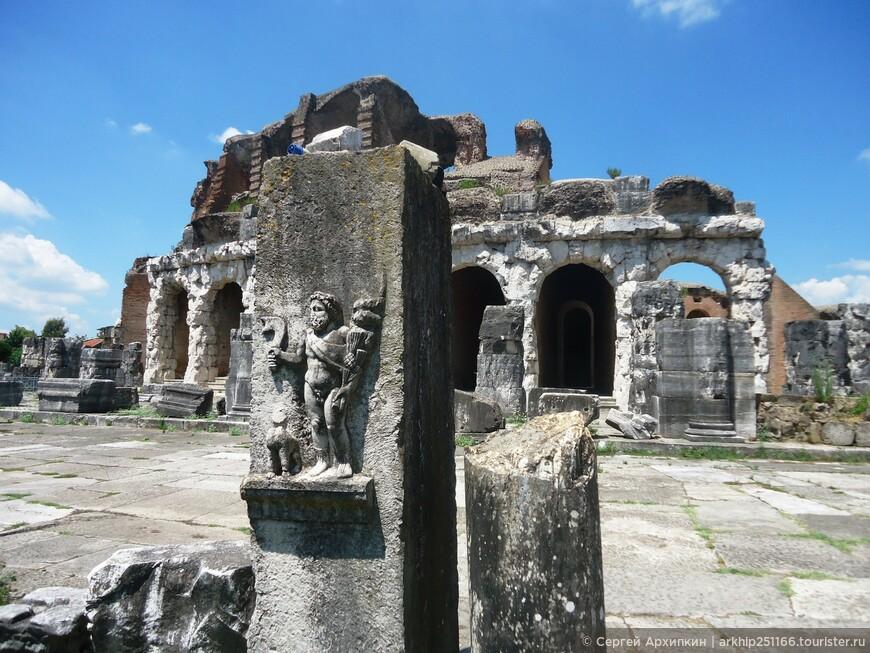 Амфитеатр Капуи (2 век)