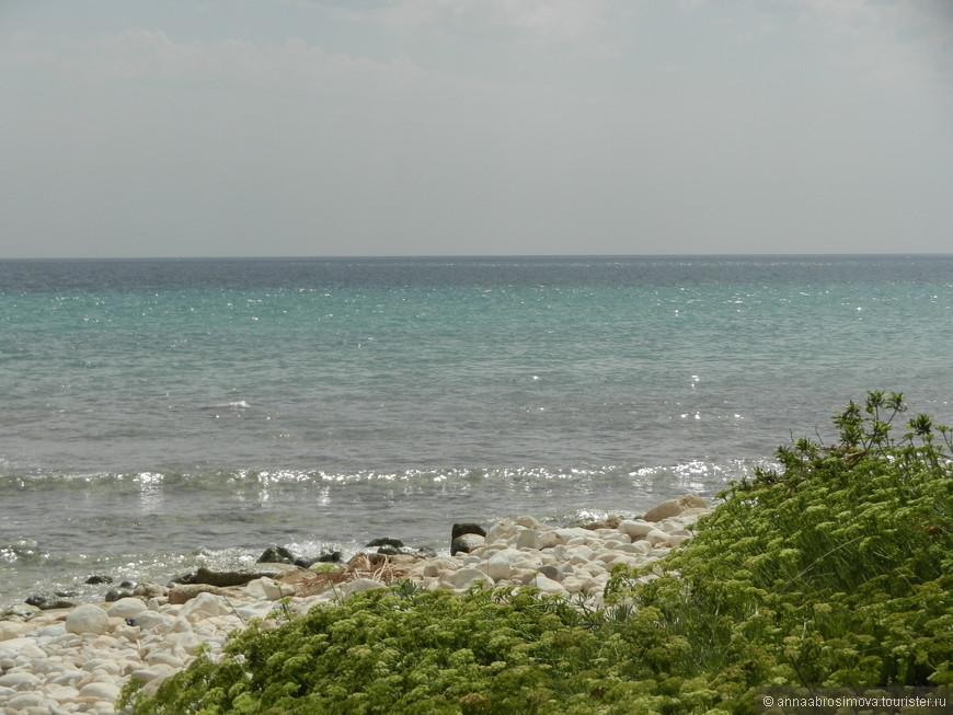 пляж Pineta del Gelsomineto (место впадения реки Кассибиле в море).