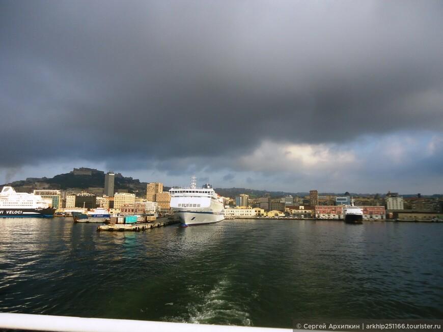 На остров Капри я поехал рано утром 02 августа 2014 года.