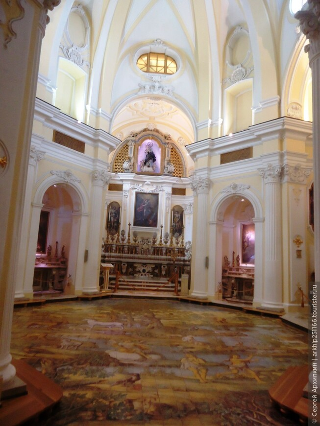 Церковь Сан-Микеле