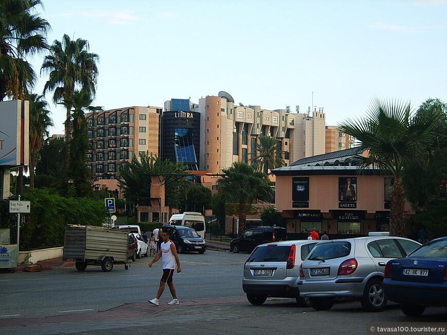 """Отели в Кирише в основном высокого класса. Кириш считается самым дорогим """"курортом"""" на Анталийском побережье."""