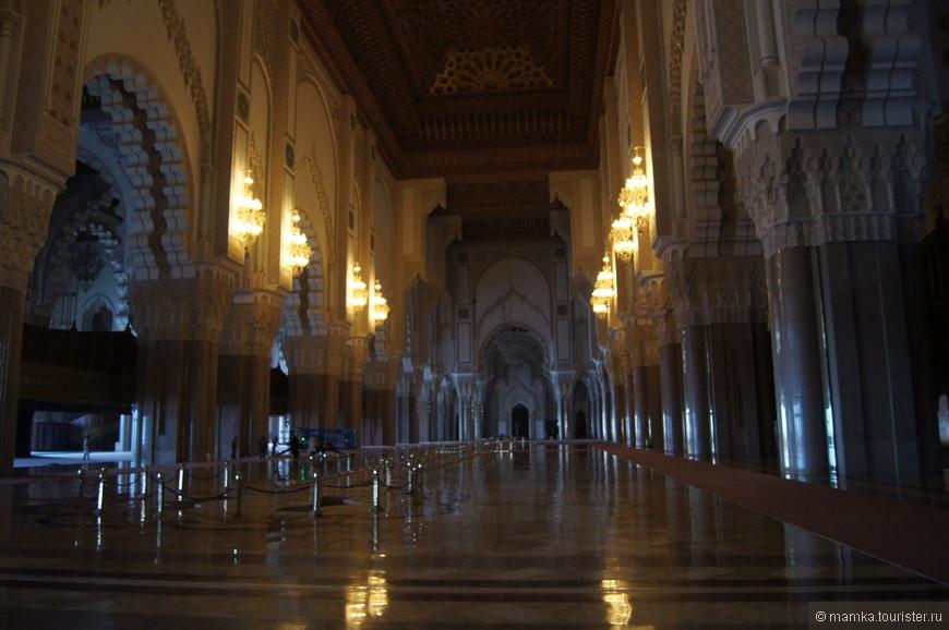 Стоимость постройки равна 800 миллионам долларов, причём все деньги были собраны за счёт пожертвований.