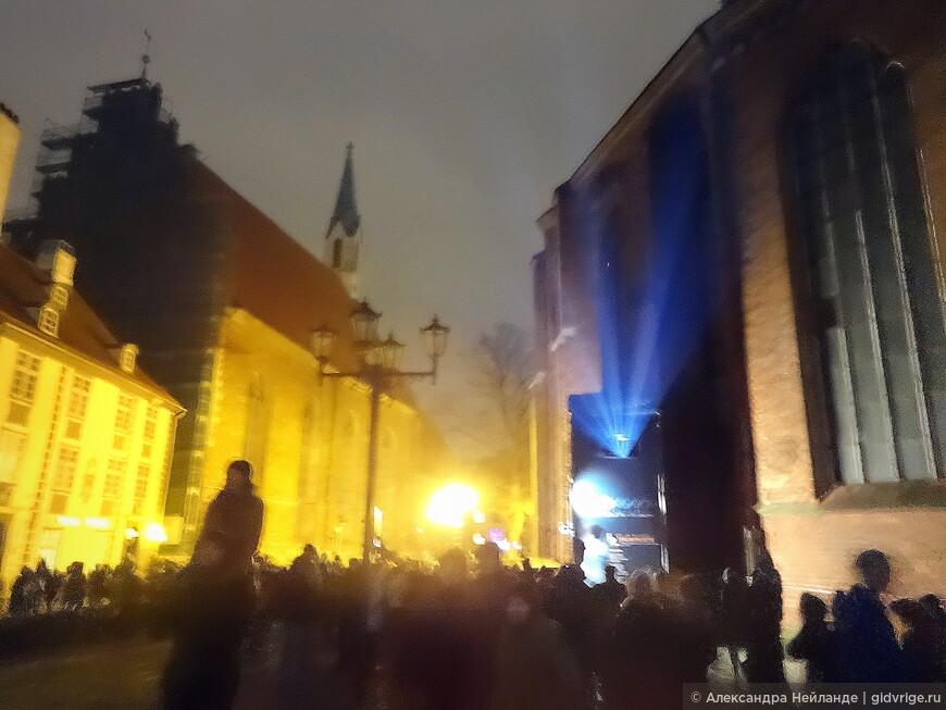 Призрачный мир ночного фестиваля