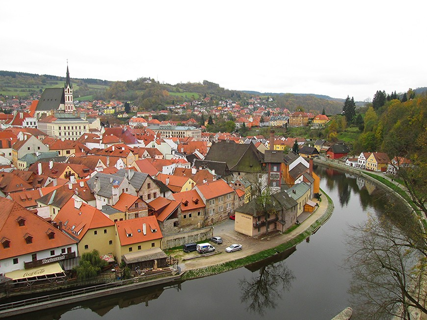 Вид на Чешский Крумлов со смотровой площадки Верхнего города