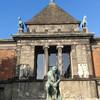 Новая Глиптотека Карсберг - художественный музей, коллекция скульптур и живописи фонда Карлсберг.