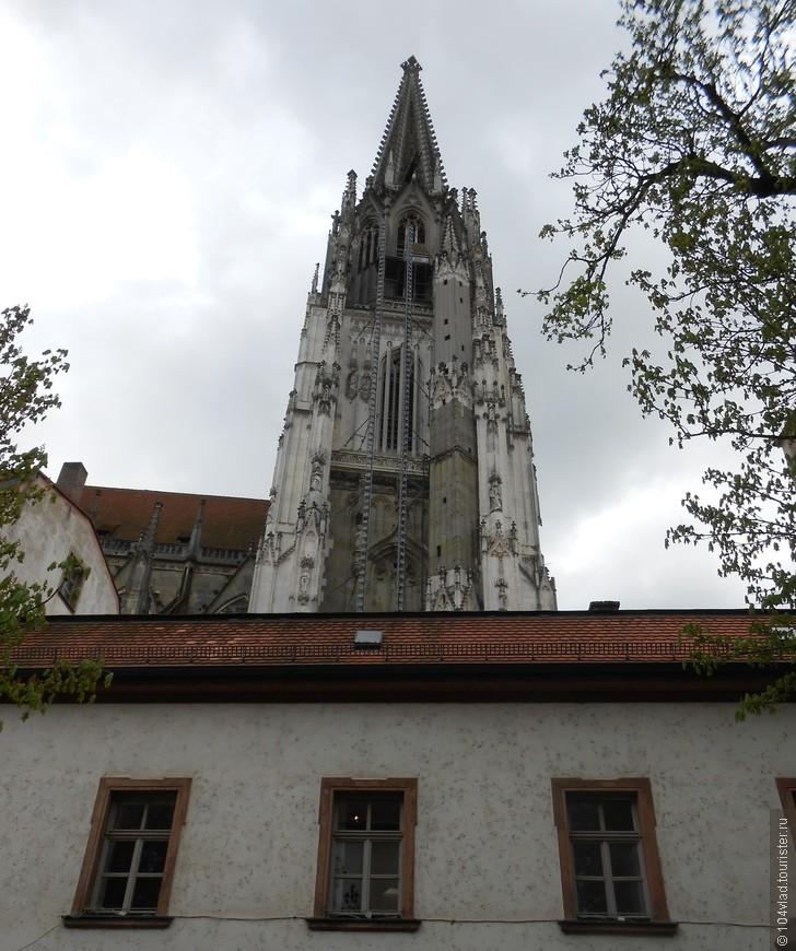 Собор св. Петра, шпиль