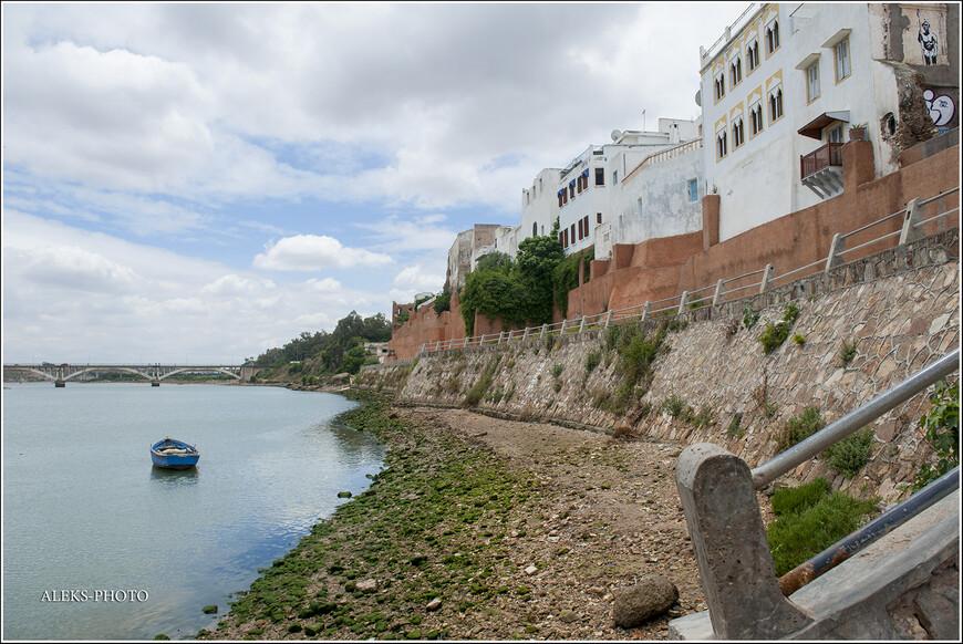 Город Аземмур интересен хотя бы тем, что расположен на крупной реке Умм-Эр-Рбия.