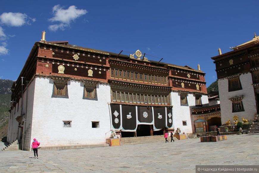 Тибетская область Кхам. Монастырь Гонгаланцзе.   Здесь нас ожидало третье чудо...