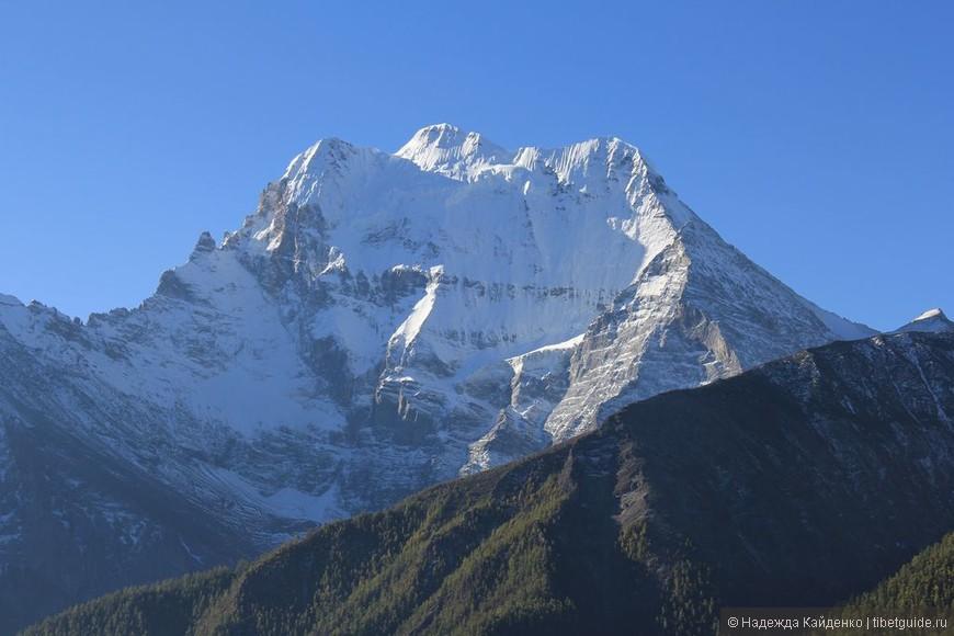 Священная тибетская гора Ченрезиг - гора Авалокитешвары, Бодхисатвы сострадания