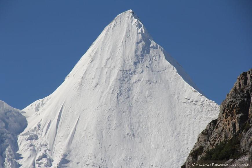 Пик горы Янмаюн - Священная гора Бодхисатвы Мудрости Манчжушри.