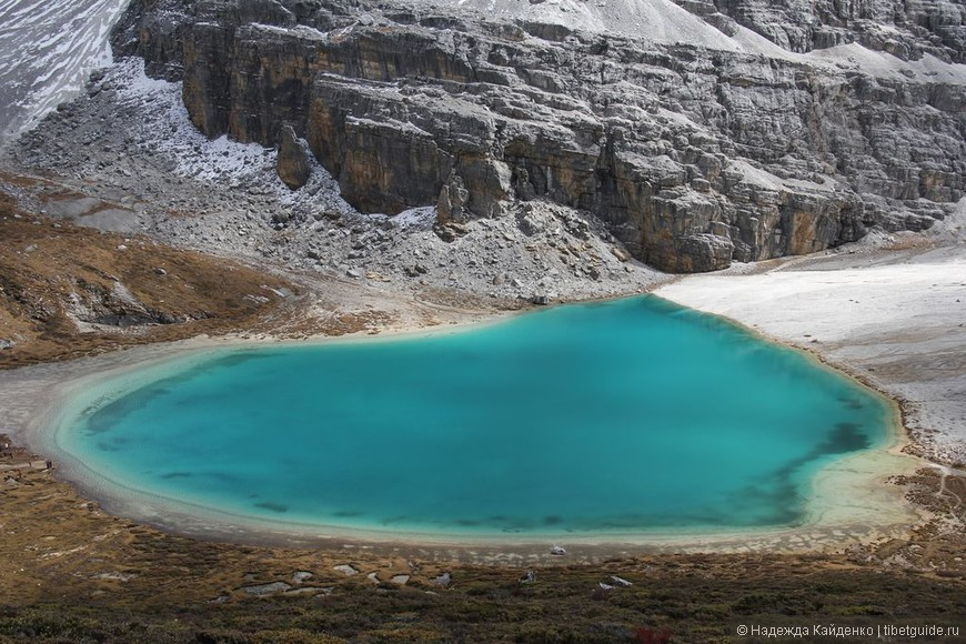 Священное Молочное озеро... как здесь притягательно красиво,..