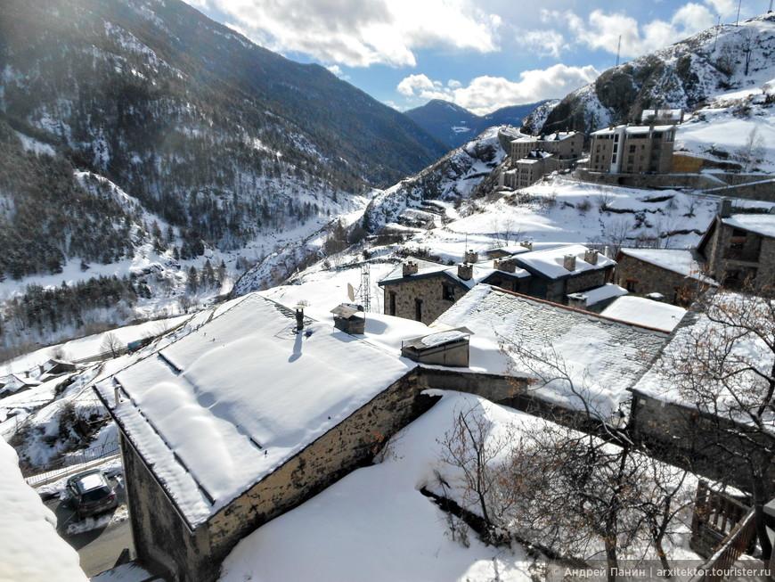 Вид на деревню Эль Тартер с балкона наших аппартаментов.