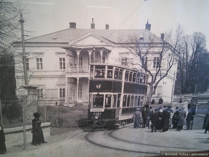 Двухэтажные трамваи.