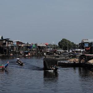 Камбоджа, озеро Тонлесап и плавающая деревня