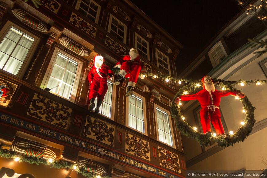 Деды Морозы, а точнее, Weihnachtsmann, (в буквальном переводе - рождественский человек) уже в пути.