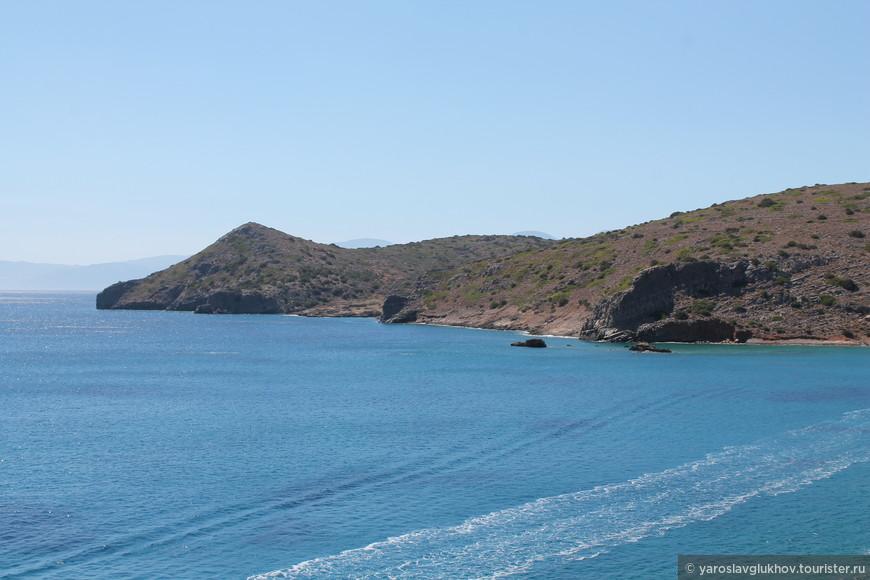 Вид на северо-западную часть полуострова Спиналонга с острова Спиналонга.