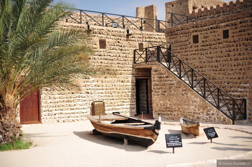 Экспонаты в музее истории Дубаи