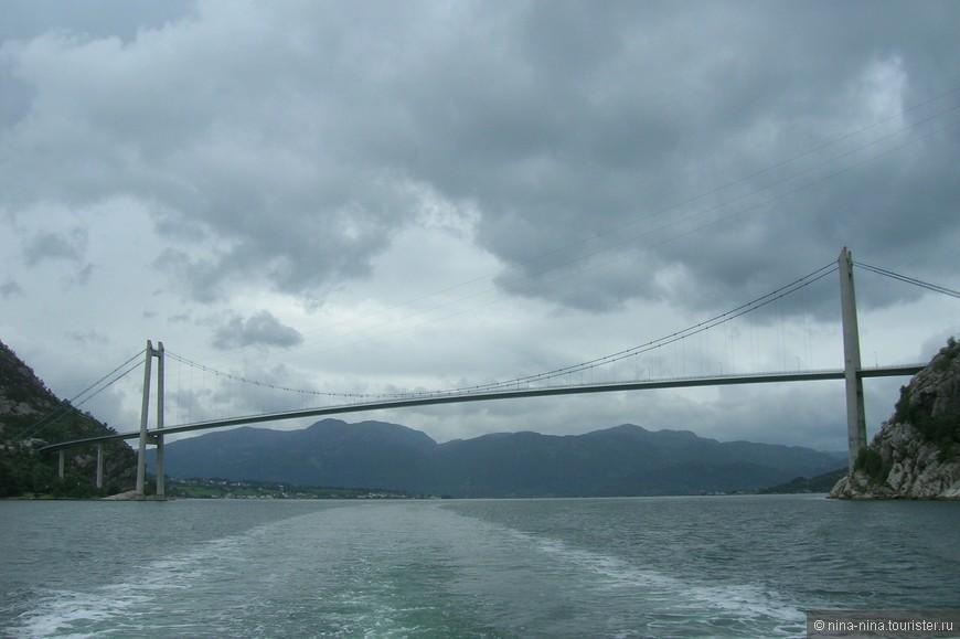 Шикарный мост без архитектурных излишеств