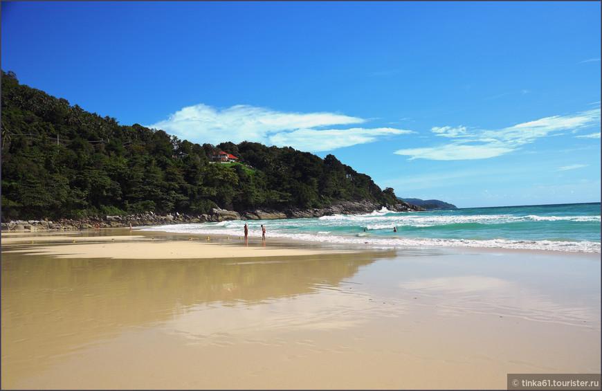 Песчаный пляж отеля Карон Нои.