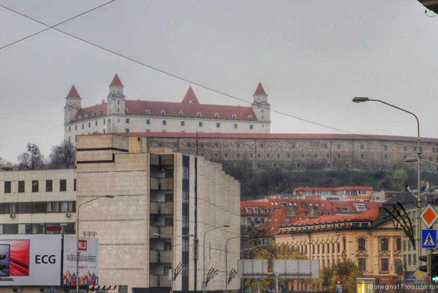 Вид на Братиславский Град.