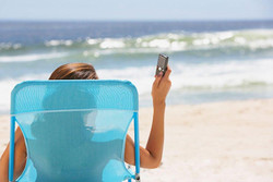 Мобильные операторы увеличили цены в роуминге