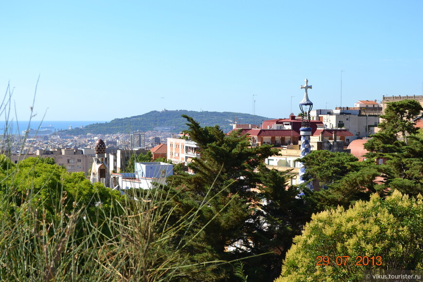 Вид из парка на Барселону.