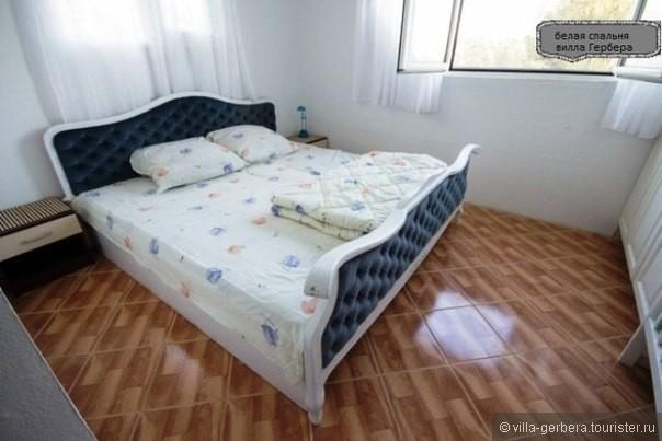 белая спальня (двуспальная кровать).jpg